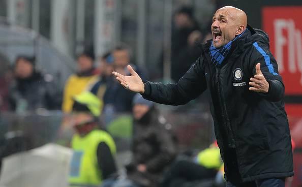 Lazio, Tare annuncia: 'De Vrij rinnova'