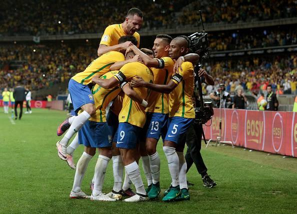 Il Brasile anticipa le convocazioni