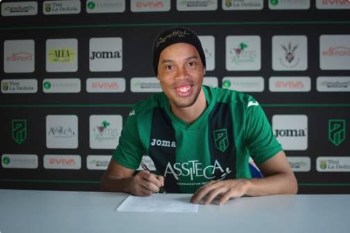 Ronaldinho Pordenone