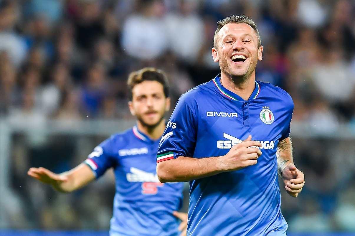 Calciomercato Serie B, pazza idea Cassano!   Il club gli apre le porte