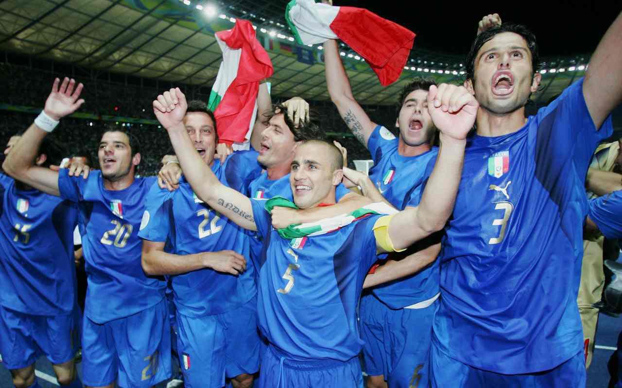 Perché la maglia dell'Italia è azzurra