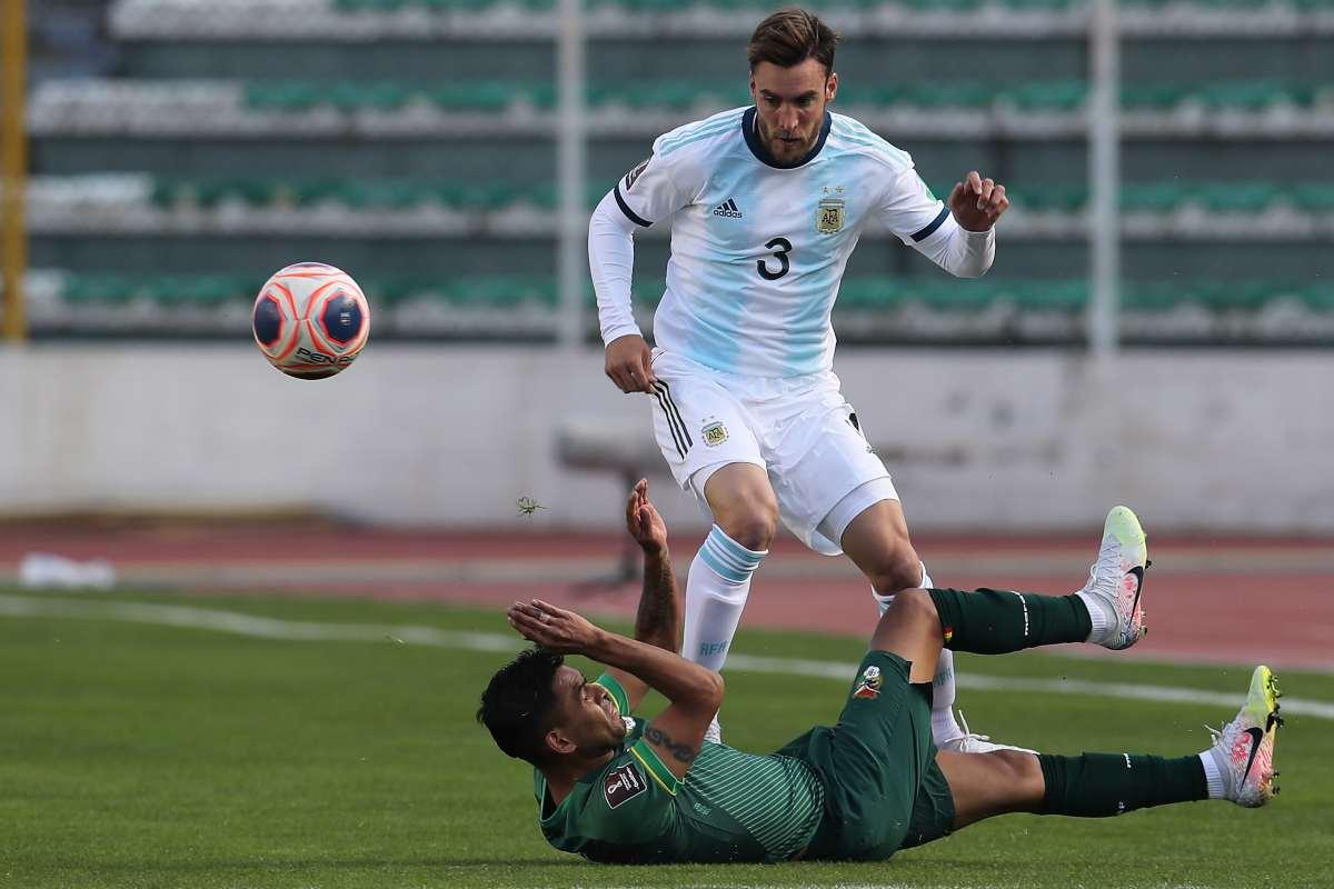 Nicolás Tagliafico lancia messaggi all'Inter