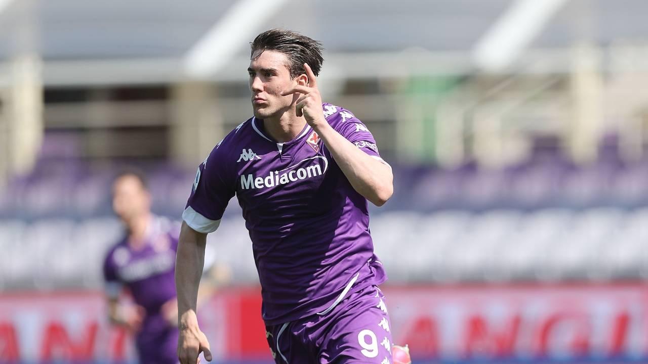 Calciomercato Juventus Milan Vlahovic Fiorentina