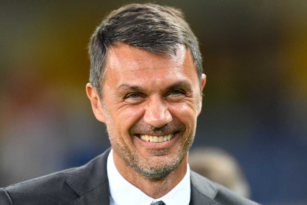Maldini lavora al mercato del Milan. Il direttore dell'area tecnica vuole mettere a disposizione di Pioli una squadra ad hoc per la Champions League. In arrivo un super colpo dal Barcellona.