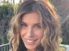 Elisabetta Canalis meravigliosa, l'ex velina regala un sorriso incantevole