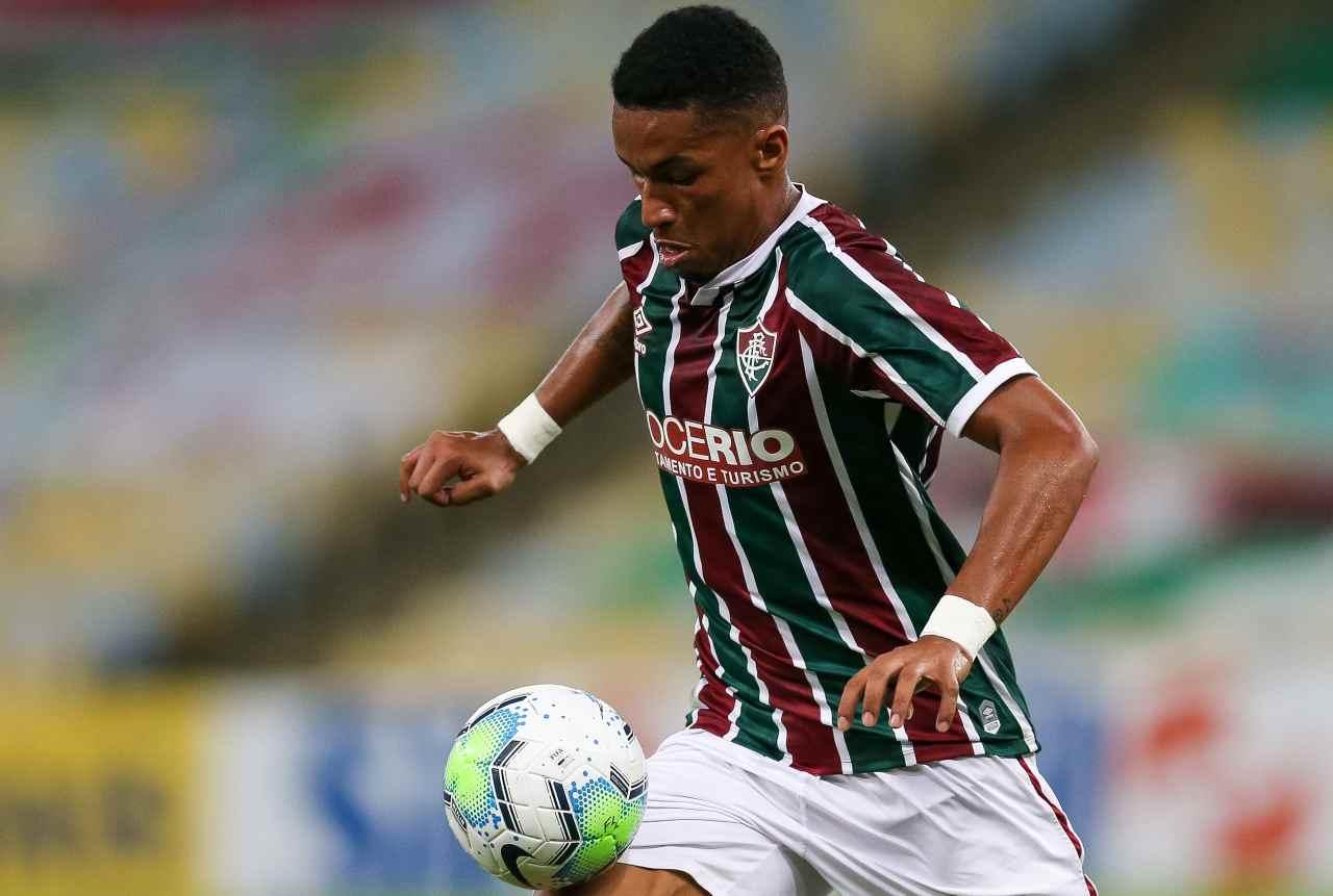 Derby Milan Inter Marcos Paulo parametro zero