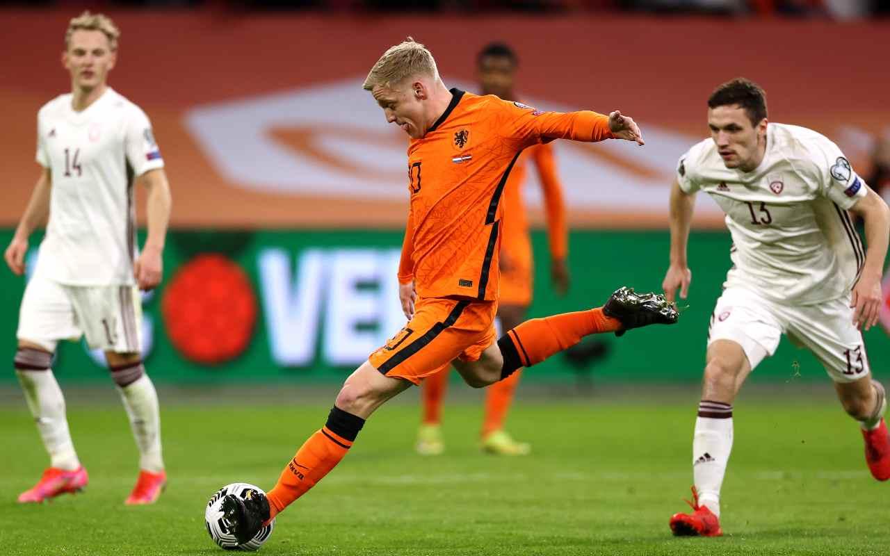 Tegola Van de Beek salta EURO 2020