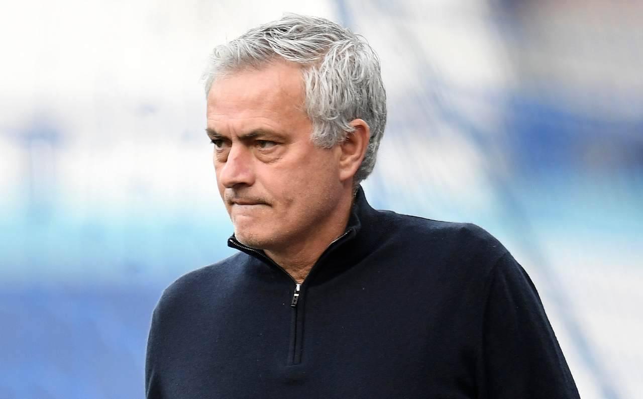 Calciomercato Roma Mourinho non vuole Under prestito diritto riscatto 8 milioni Marsiglia