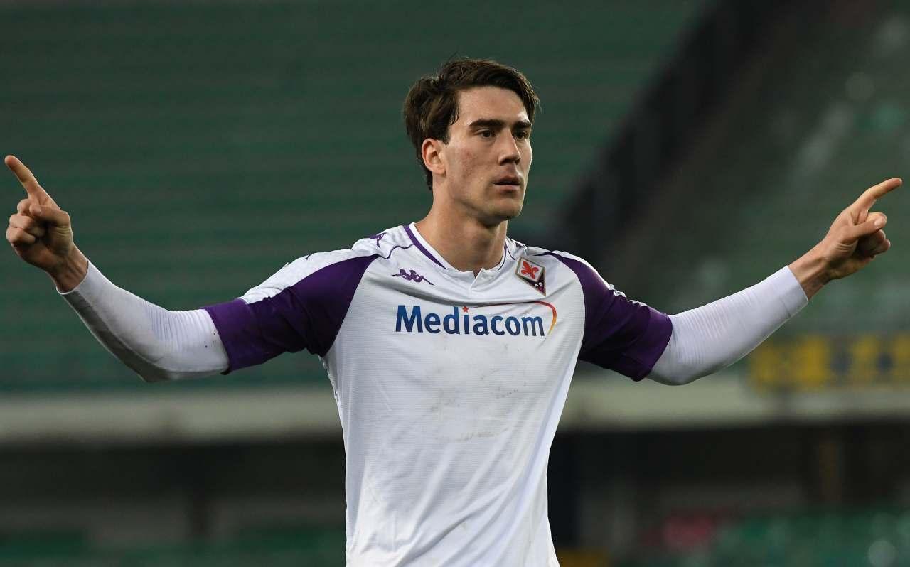 Vlahovic Fiorentina firma vicina Commisso annuncia stagione rinnovo