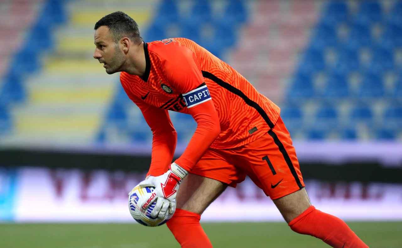 Calciomercato Inter rinnovi bloccati Handanovic Perisic Vidal Brozovic addio 2022