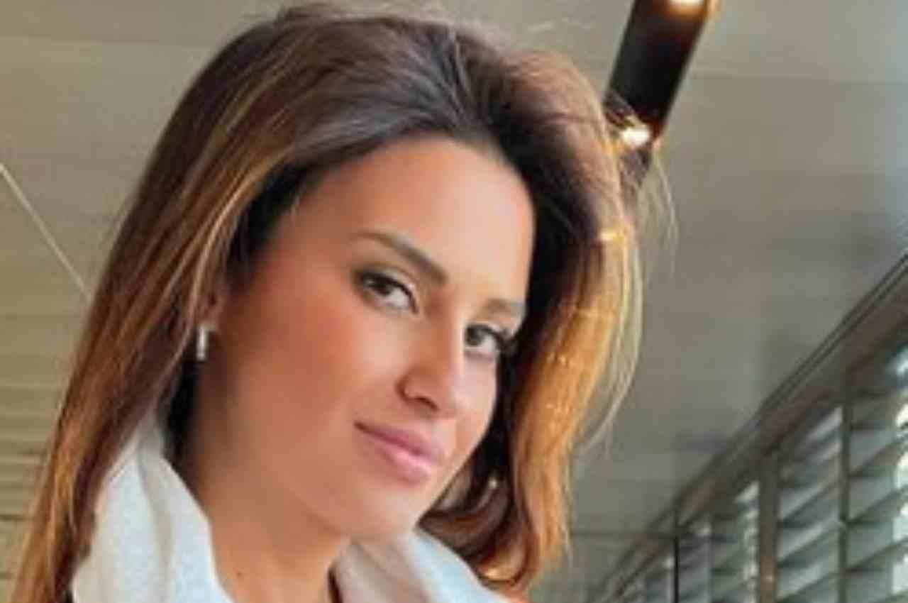 Eleonora Incardona pazzesca, curve pericolose in palestra!